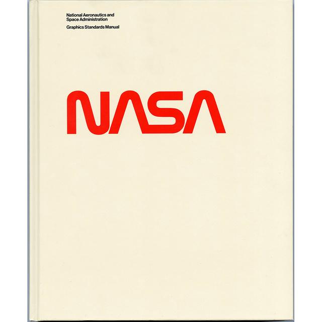 再入荷 デザインマニュアル書 nasa graphics standards manual 復刻版