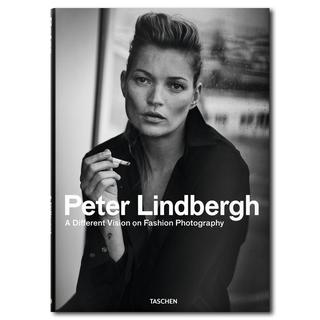 Peter Lindbergh: A Different Vision on Fashion Photography ピーター・リンドバーグ写真集